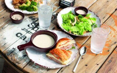 Al Fresco Dining, Social Distancing and Staying Healthy